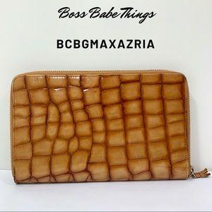 BCBGMAXAZRIA - Wallet